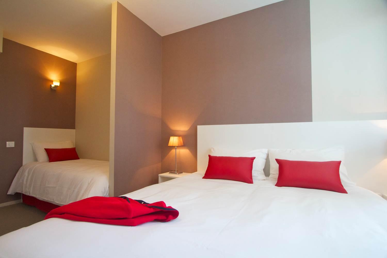 Chambre triple jardin © Hotel Port Haliguen Quiberon