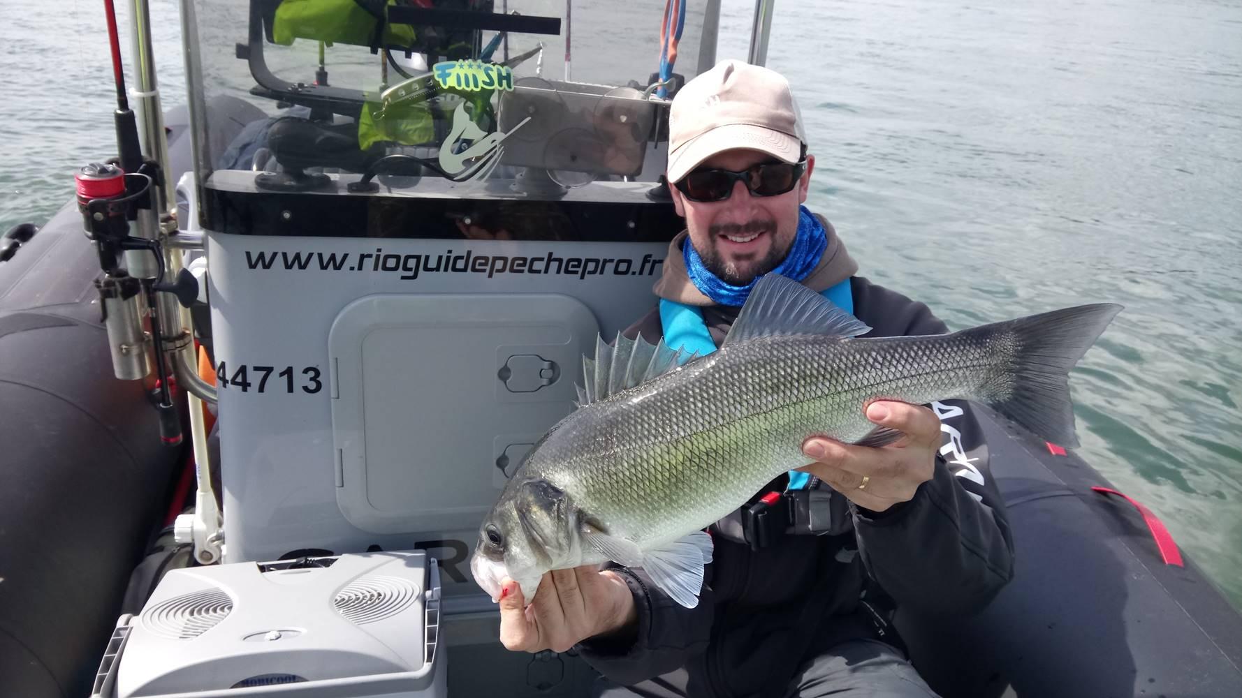 Guide de pêche Golfe du Morbihan, Sarzeau, Presqu'île de Rhuys, pêche au bar, réservervation en ligne de votre journée de pêche ©