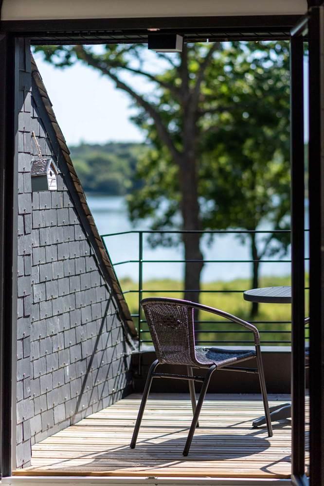 HermineLac-terrasse chambre ©