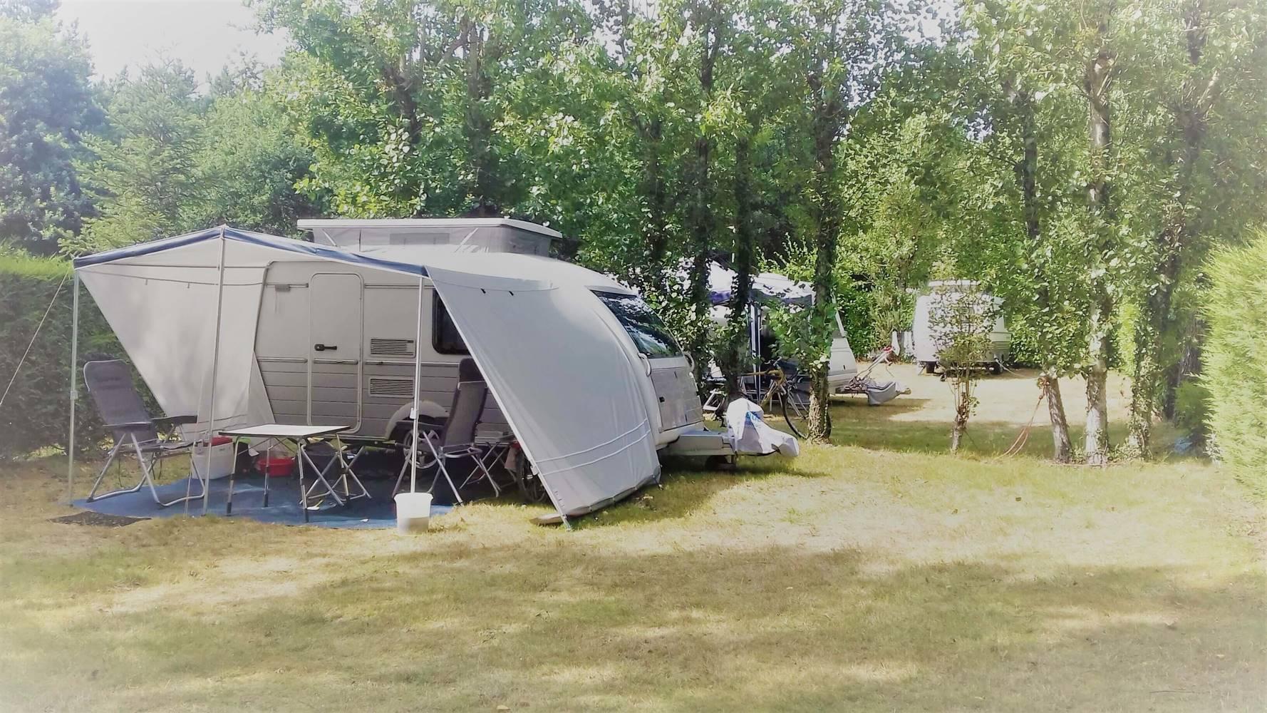 emplacement caravane, tente, camping car-camping kergo-carnac-morbihan ©