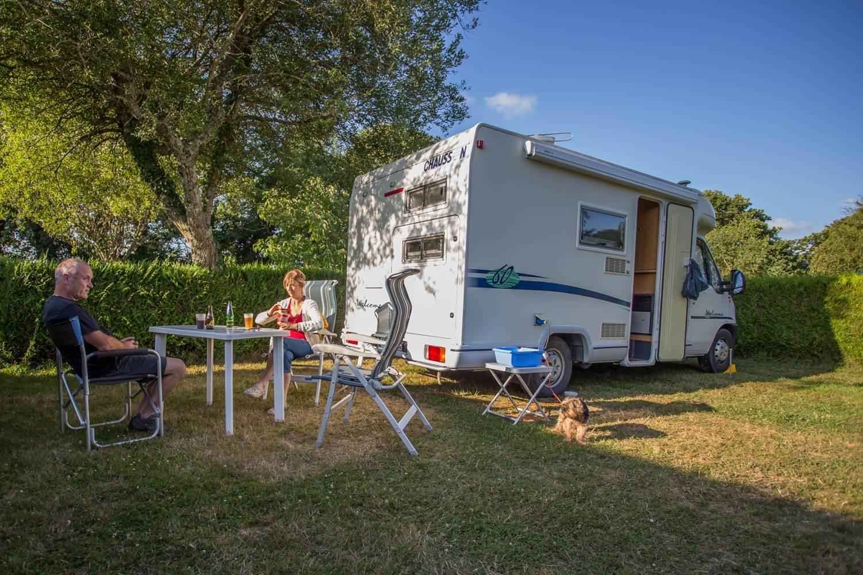 Camping AU GRE DES VENTS_copr.Kinaphoto_location_emplacement_morbihan_rochefort-en-terre ©