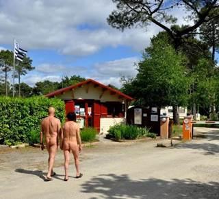 Camping naturiste La Pinede