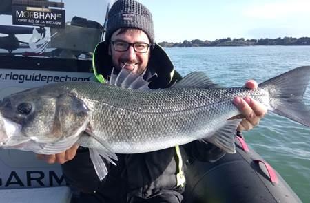 Mickaël RIO - Guide de Pêche Professionnel - Golfe du Morbihan