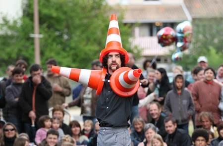 Spectacle de rue - Mathieu Moustache « Dans tous ses états »