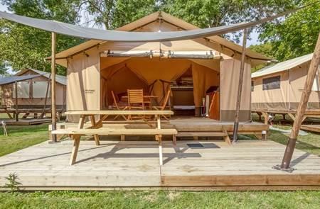 Camping Les Rives de l'Oust